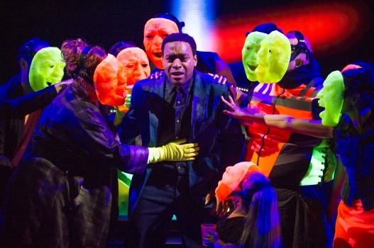 16. Everyman (Chiwetel Ejiofor) and Fellowship, Senses & Wits. Photo by Richard Hubert-Smith